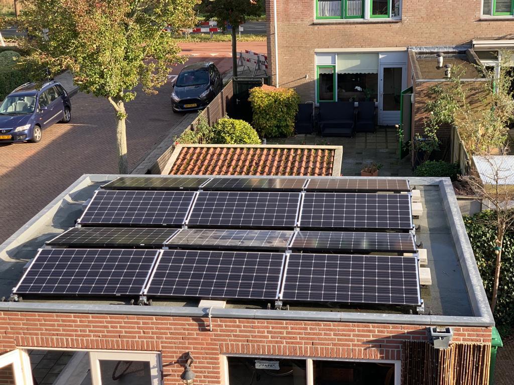 Zonnepanelen voor woonhuis in Haarlem opgeleverd 3-11-2018